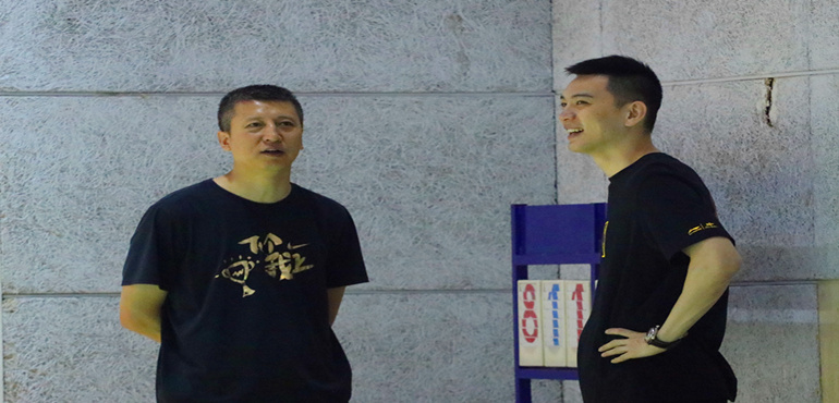 杨鸣结束球员生涯 正式成为辽篮助理教练